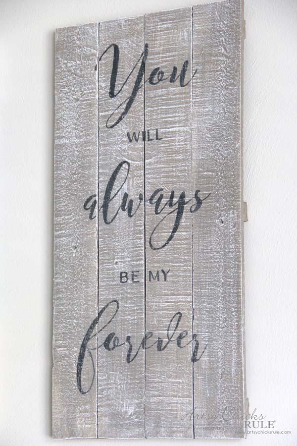 DIY Weathered Love Signs - plus FREE printable - artsychicksrule.com #drybrush #chalkpaint #lovesign