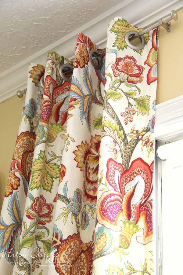 How To Make No Sew Curtains with Grommets (make your own!)