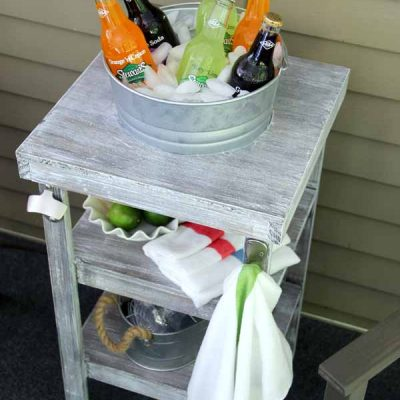 DIY Beverage Station Tutorial (perfect for outdoor entertaining!)
