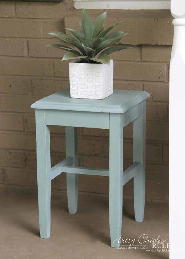 Thrifty Porch Decor - Thrifty Table in Duck Egg Blue - artsychicksrule.com #frontporchdecor