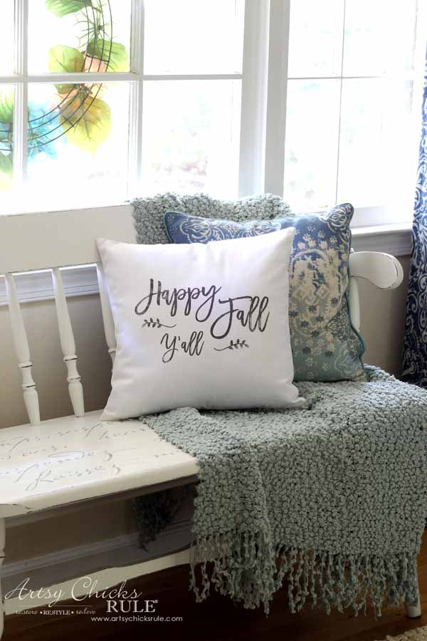 DIY Fall Pillows and Free Printables - Happy Fall Y'all pillow - artsychicksrule.com #freeprintables #fallpillow #fallsayings #happyfallyall