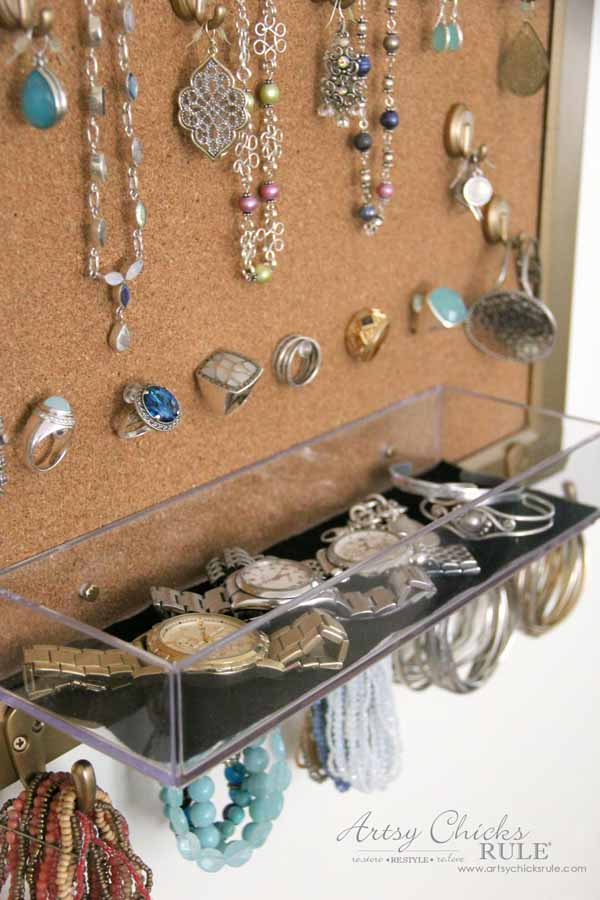 DIY Jewelry Organizer - perfect for all jewlery - artsychicksrule #jewelryorganizer #popularpins