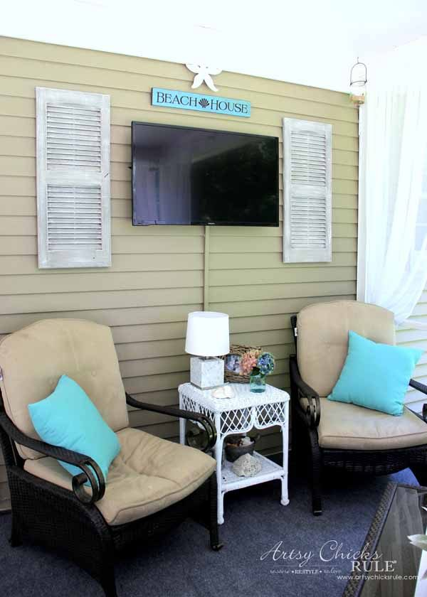 Screened Porch & Patio Makeover - left side - artsychicksrule #popularpins #patiomakeover #porch