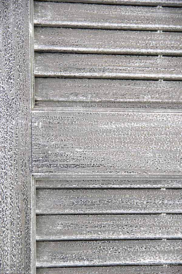 Thrifty Porch Decor - 2 Paints and 10 minutes for FAUX Weathered Look - artsychicksrule.com