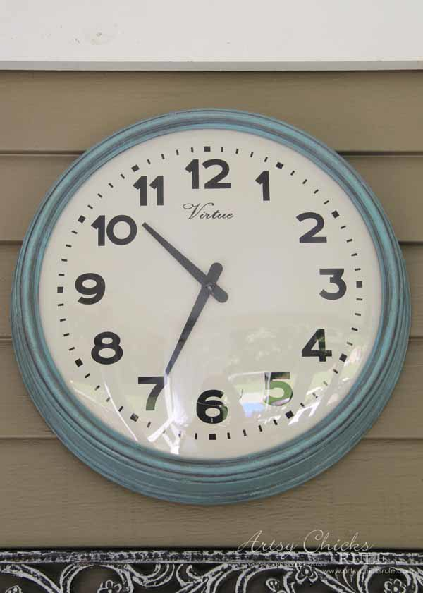 Thrifty Porch Decor - Chalk Painted Clock - artsychicksrule.com