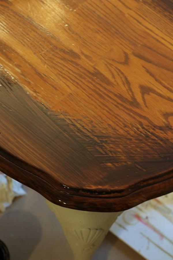 Coastal Styled Table with General Finishes Chalk Style Paint - polyshades artsychicksrule.com #chalkstylepaint #generalfinishes