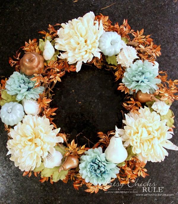 Coastal Fall Wreath - 5 - artsychicksrule.com #fallwreath #coastalfallwreath
