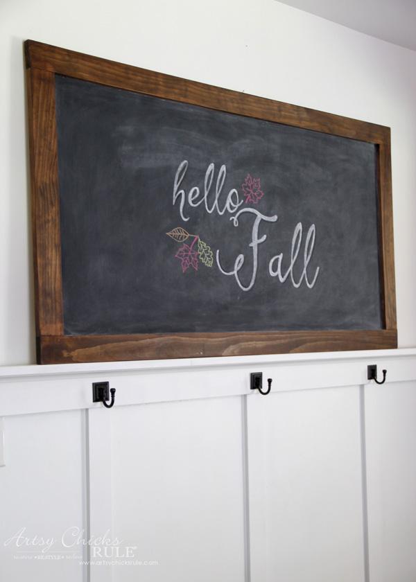 FREE Fall Printables - Chalkboard Art - artsychicksrule.com #freeprintables #fallquotes #autumnquotes