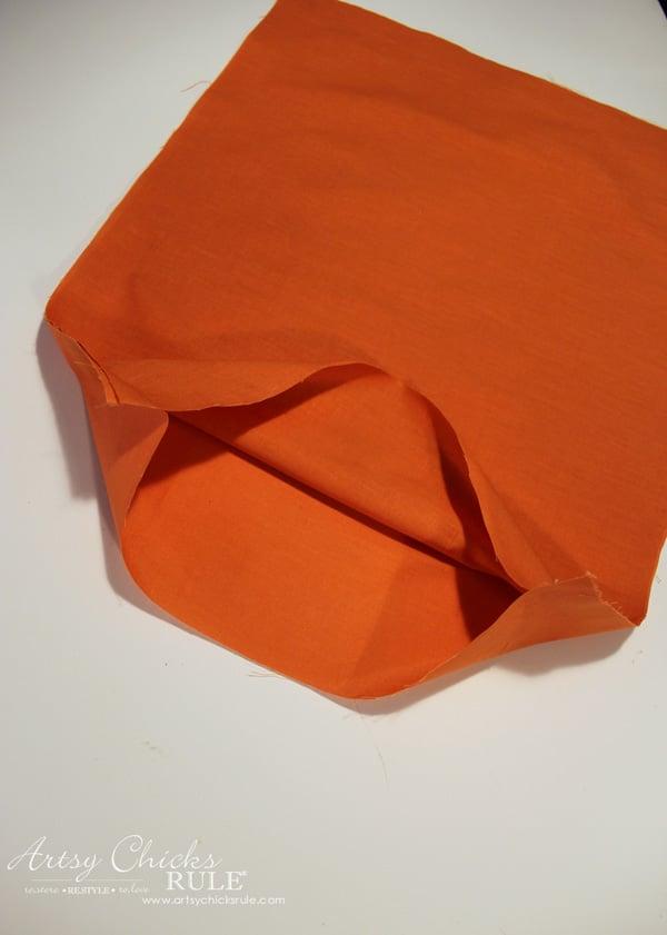 halloween-no-sew-flag-and-sign-step-2-artsychicksrule-nosewflag-halloweendecor