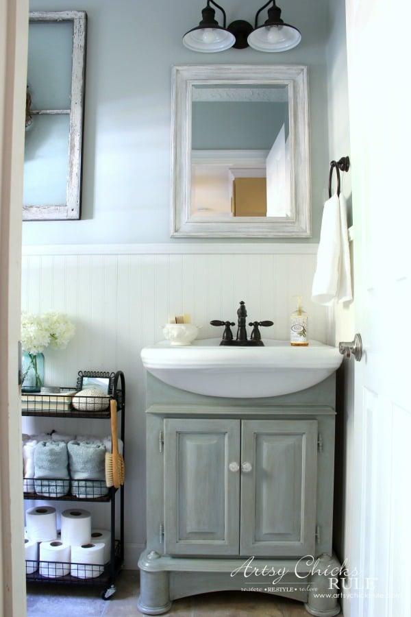 Coastal Farmhouse Bathroom