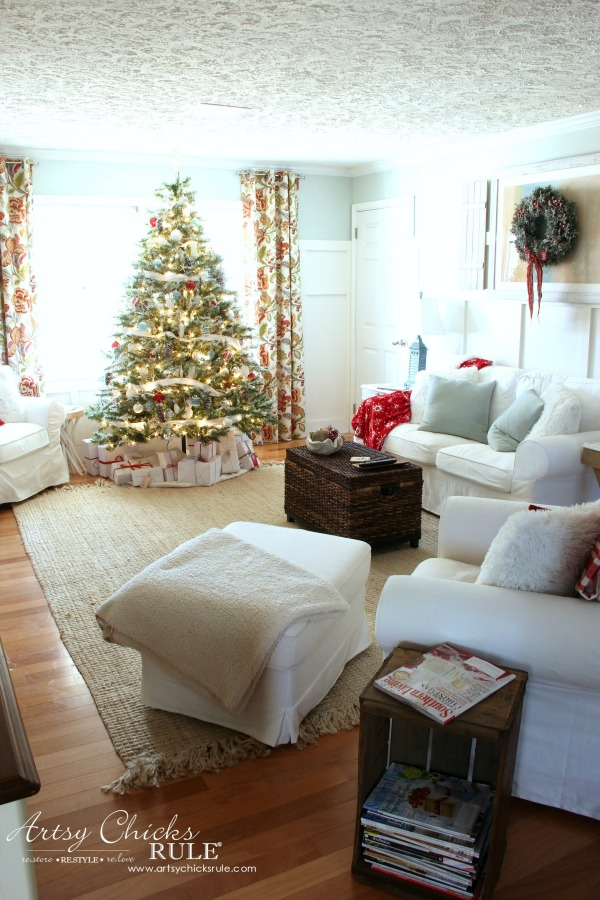 Coastal Christmas Home Tour 2016 artsychicksrule.com