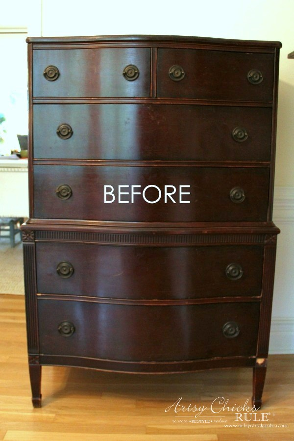 Giverny Chalk Paint Chest Makeover with White Wax - artsychicksrule.com #giverny #chalkpaint #chalkpaintfurniture #furnituremakeover