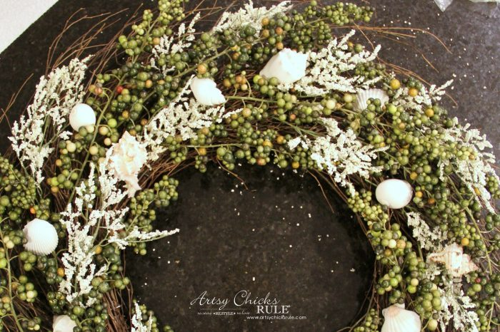 Adding the shells to the wreath