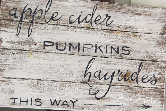 Apple Cider Hayrides & Pumpkins Sign - Simple DIY Fall Sign!! artsychicksrule.com #fallsign #silhouette