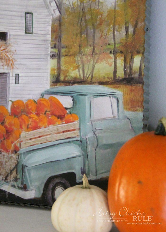 A Traditional Fall Home Tour (with pretty aquas AND orange!) artsychicksrule.com