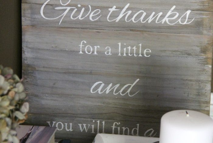 Faux Weathered Give Thanks Sign