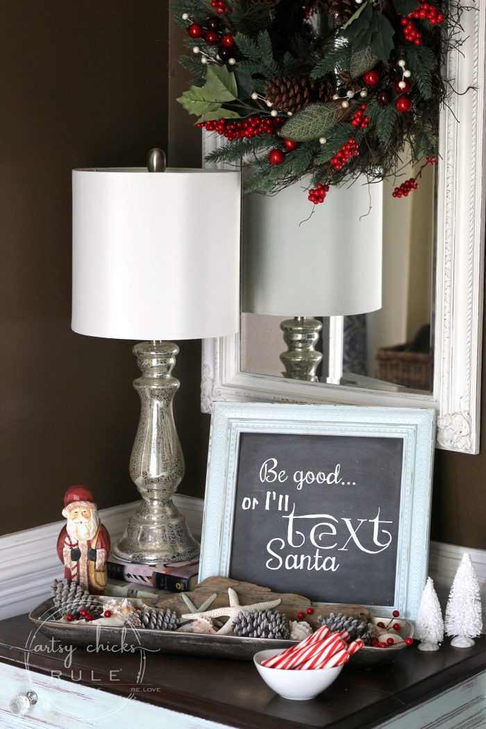 A Festive Christmas Home Tour - Part 1 artsychicksrule.com #festivedecor #holidaydecor #Christmasdecor #holidaydecoratingideas #Christmasdecorideas