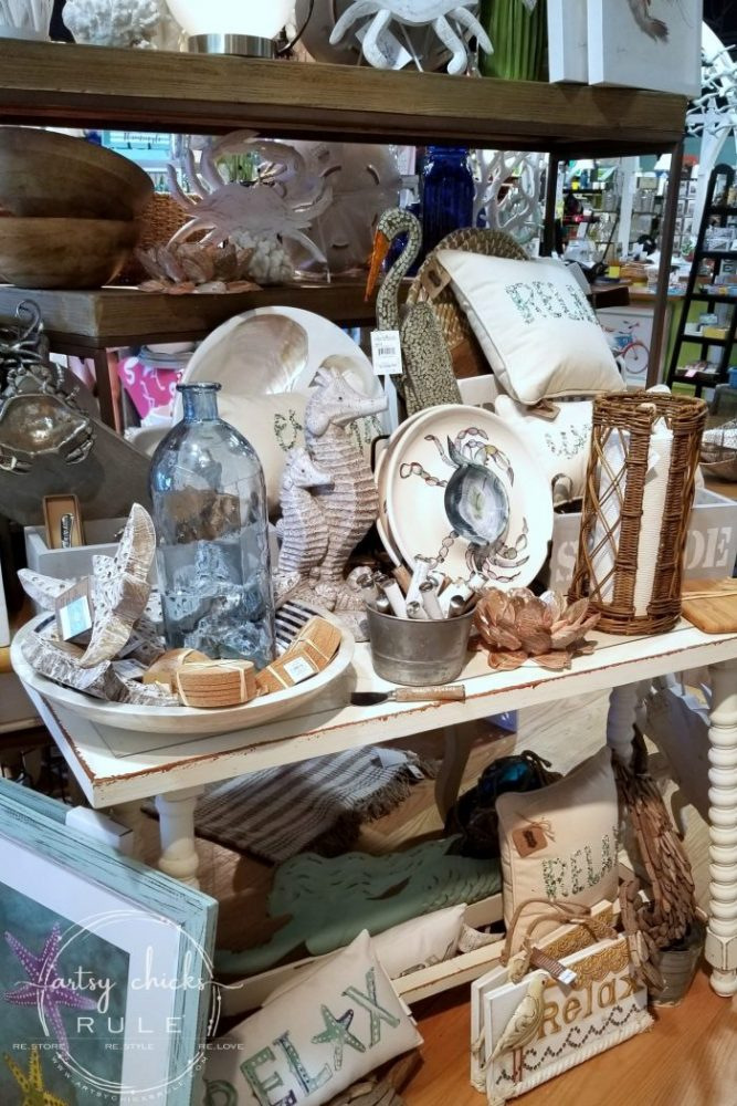 Outer Banks Places To Eat (and shop!) The Cottage Shop Nags Head - artsychicksrule.com #outerbanks #outerbankseats #outerbanksshopping #beachdecor #coastalstyle #traveldestinations #travelideas #obx #beachtrips #coastaldestinations