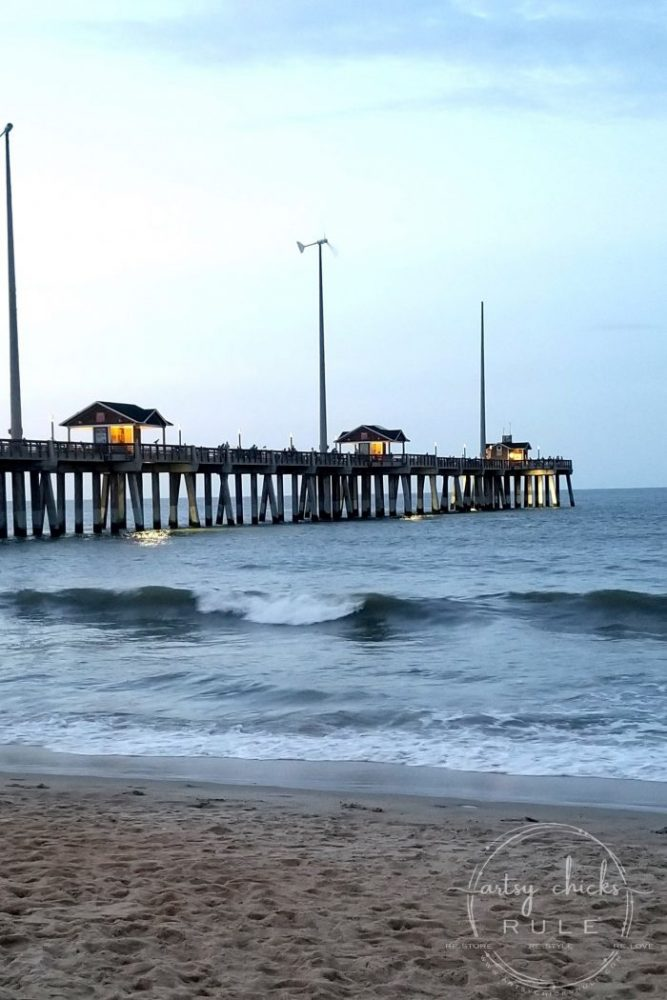 Outer Banks Things To Do (and see!!) Jennette's Pier artsychicksrule.com #outerbanks #outerbanksvacation #obx #traveldestinations #travel #visitobx #thingstodoinobx #outerbankstrip #coastaldestinations #coastalvacations #nagshead #hatteras #manteo