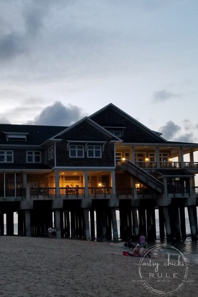 Outer Banks Things To Do (and see!!) Jennette's Pier! artsychicksrule.com #outerbanks #outerbanksvacation #obx #traveldestinations #travel #visitobx #thingstodoinobx #outerbankstrip #coastaldestinations #coastalvacations #nagshead #hatteras #manteo