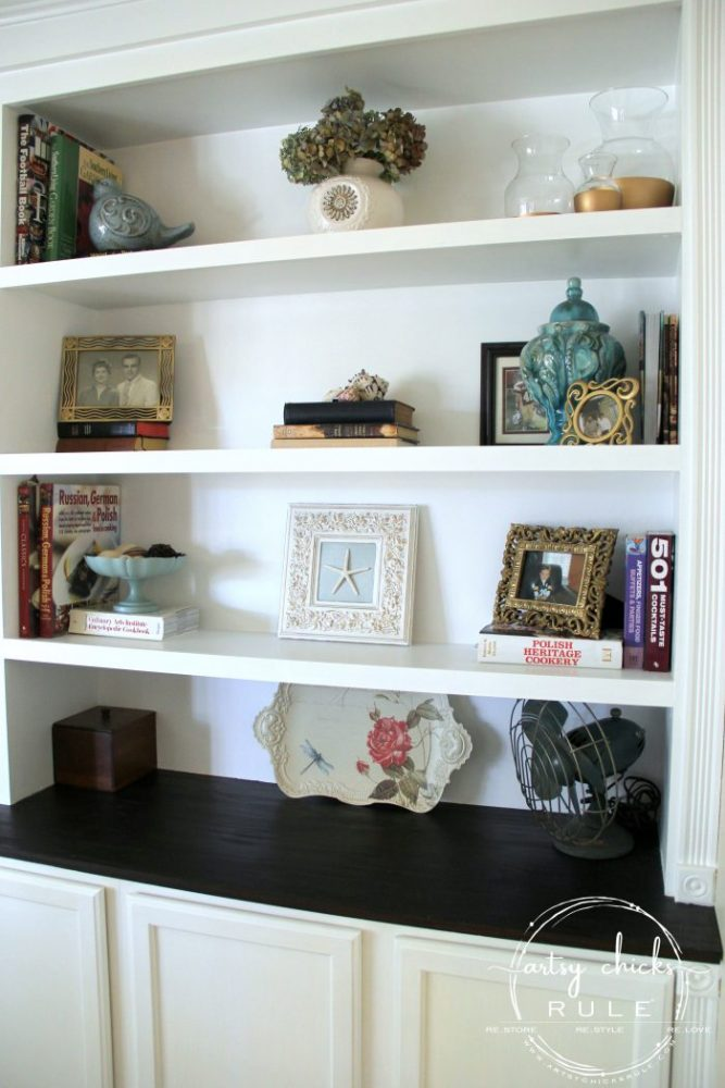 How To Style Shelves (SIMPLE decorating tips anyone can follow!!!!) artsychicksrule.com #stylingshelves #howtodecorateshelves #decoratingshelves #shelfstyle #shelfdecor #bookcasedecor