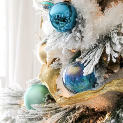 Blue and Gold Christmas Tree (and dining room decor!)