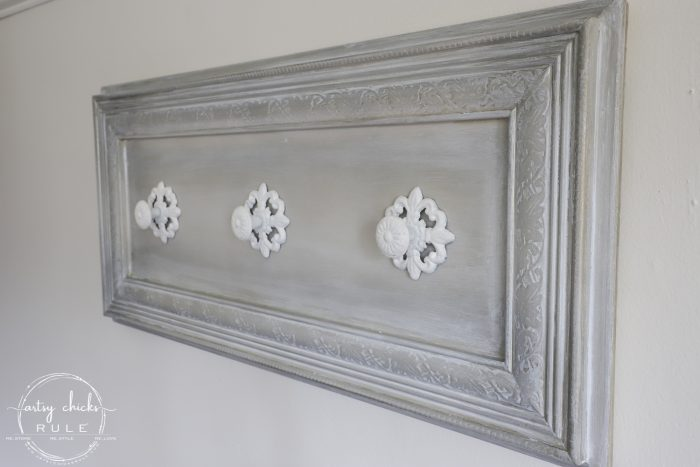 Old Cabinet Door Repurposed artsychicksrule.com (coat rack, jewelry organizer, scarf organizer and more!!!) #repurposedideas #cabinetdoorrepurposed #olddoors #diycoatrack