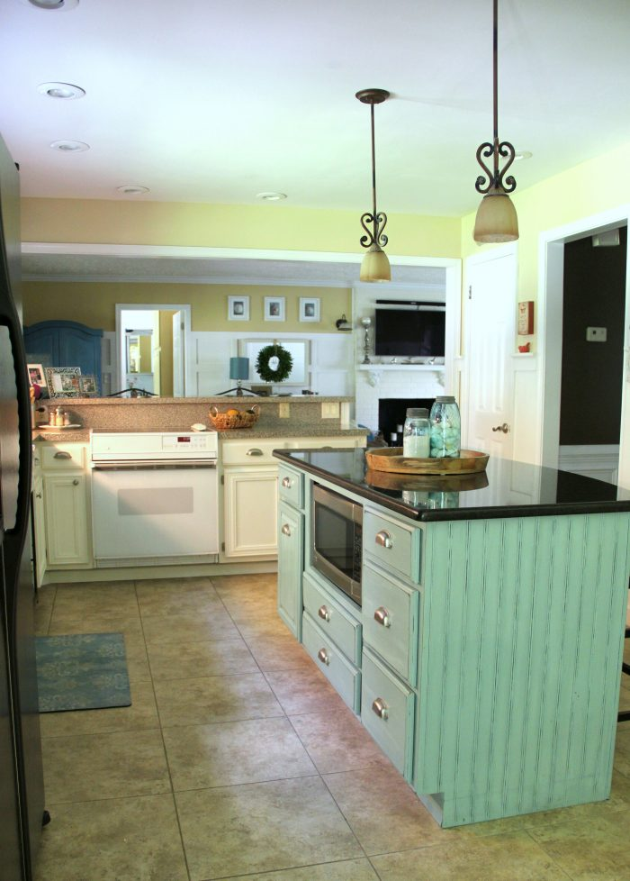DIY Coastal Kitchen Makeover Reveal!!! White Shaker cabinetd, quartz countertops, farmhouse style flooring and more! artsychicksrule.com #kitchenmakeover #kitchenremodel #diykitchen #coastalkitchen #quartzcountertops #farmhouseflooring