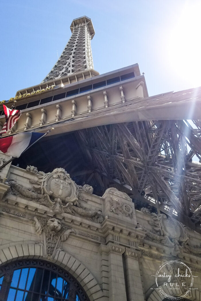 Las Vegas Trip Highlights!! Places to see, places to eat, things to do!! artsychicksrule.com #fremontstreet #lasvegas #eataly #thingstodoinlasvegas #mgmgrand #newyorknewyork #thevenetian