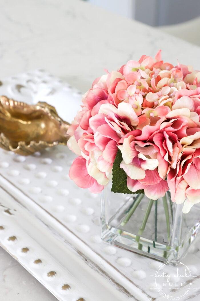 Pink flowers in vase artsychicksrule.com