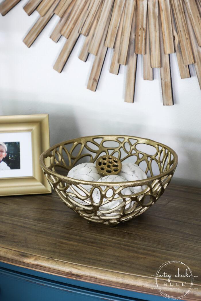 $2 Thrift Store Home Decor - Decorate your home on a BUDGET...so simply!!! artsychicksrule.com #budgetdecor #thriftstoredecor #goldhomedecor #coastalglam #thriftymakeoverideas