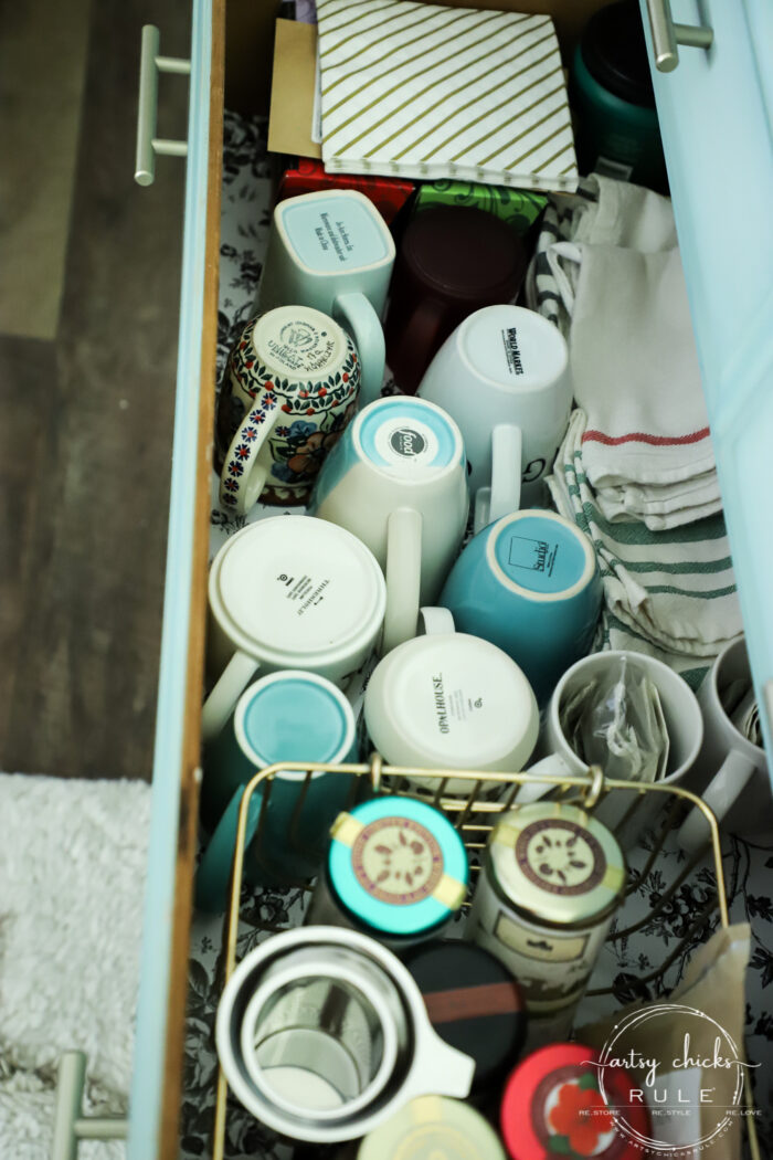 Repurposed Dresser Ideas - SO many uses, such great ideas for storage and decor! artsychicksrule.com #repurposeddresser #dresserideas #dressermakeover #repurposedprojects