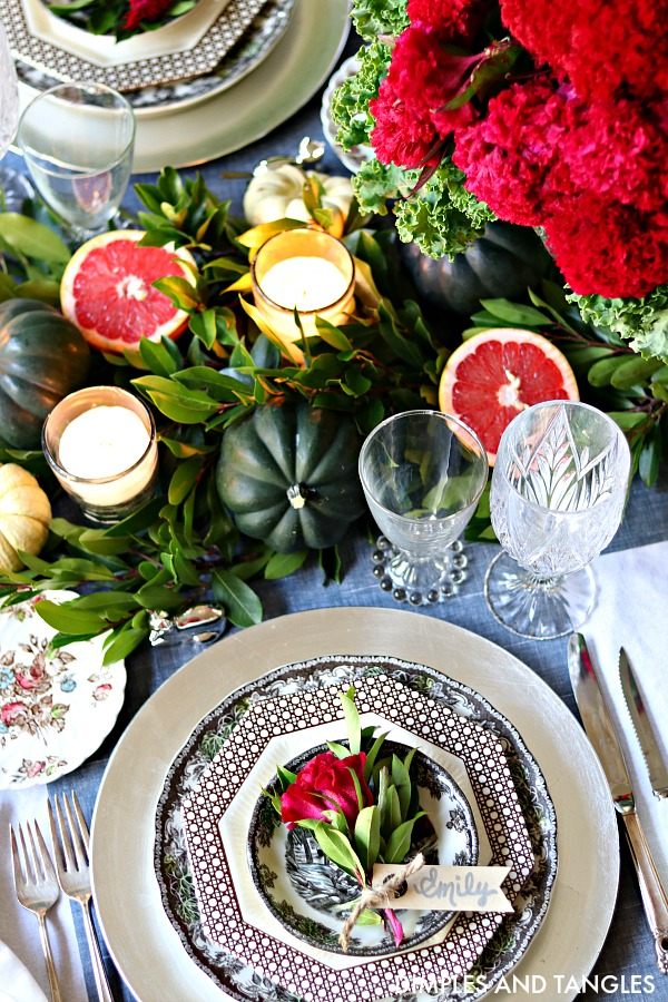25+ Thanksgiving Table Settings...Decor & Ideas for the best table yet! Get ready for the most warm and inviting Thanksgiving this year. artsychicksrule.com #Thanksgivingtable #Thanksgivingtablesetting #Thanksgivingtableideas #falltablescape