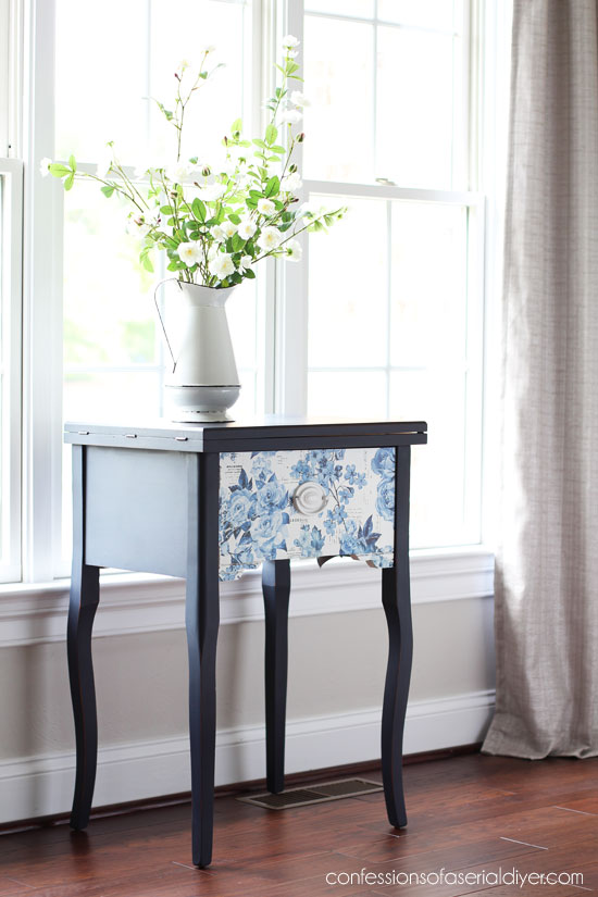 navy blue end table with transfer