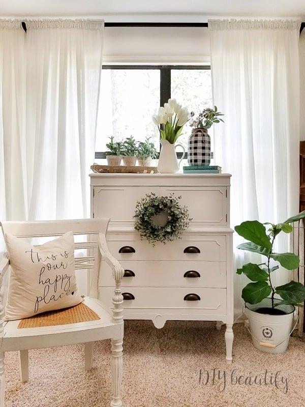 white farmhouse chest