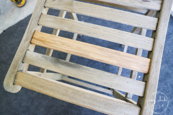 Learn how to restore teak furniture PLUS all my tips to make it easier!! artsychicksrule.com #teakfurniture #restoreteak #teakfurnituremakeover