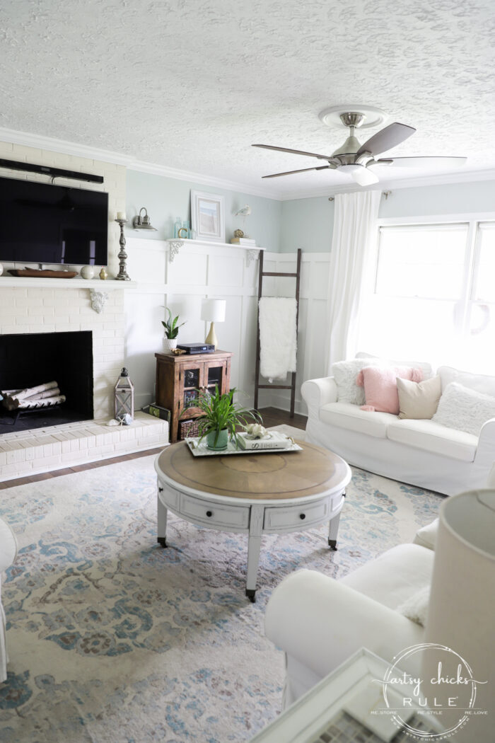 Beachy decor styled living room