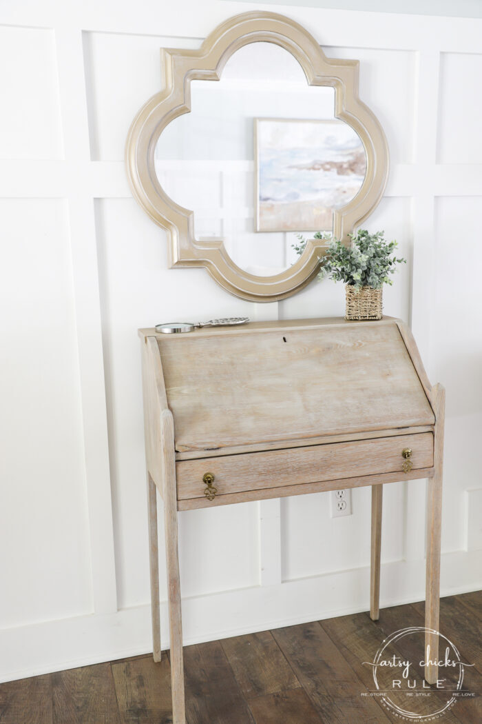 Ever wondered how you can get that cool bleached wood look?? Well, you can actually bleach your wood...with bleach, or you can do it this way instead! artsychicksrule.com #howtobleachwood #bleachedwood #coastalfurniture #farmhousestyle