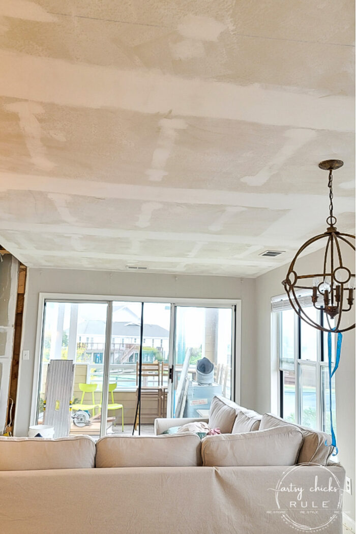 How to remove popcorn ceilings...all the supplies needed and a tip or two! artsychicksrule.com #popcornceilings #diyceilings