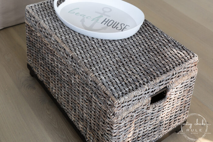 Today I'm sharing how to do this simple dry brushing paint technique to give new life to old decor! artsychicksrule.com #drybrushing #paintedbasket