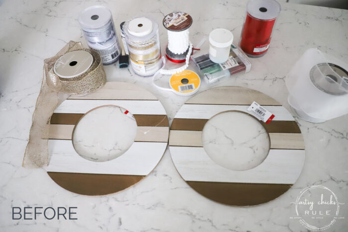 Make this modern Christmas wreath out of plain wood...or a simple piece from the dollar store, etc! artsychicksrule.com
