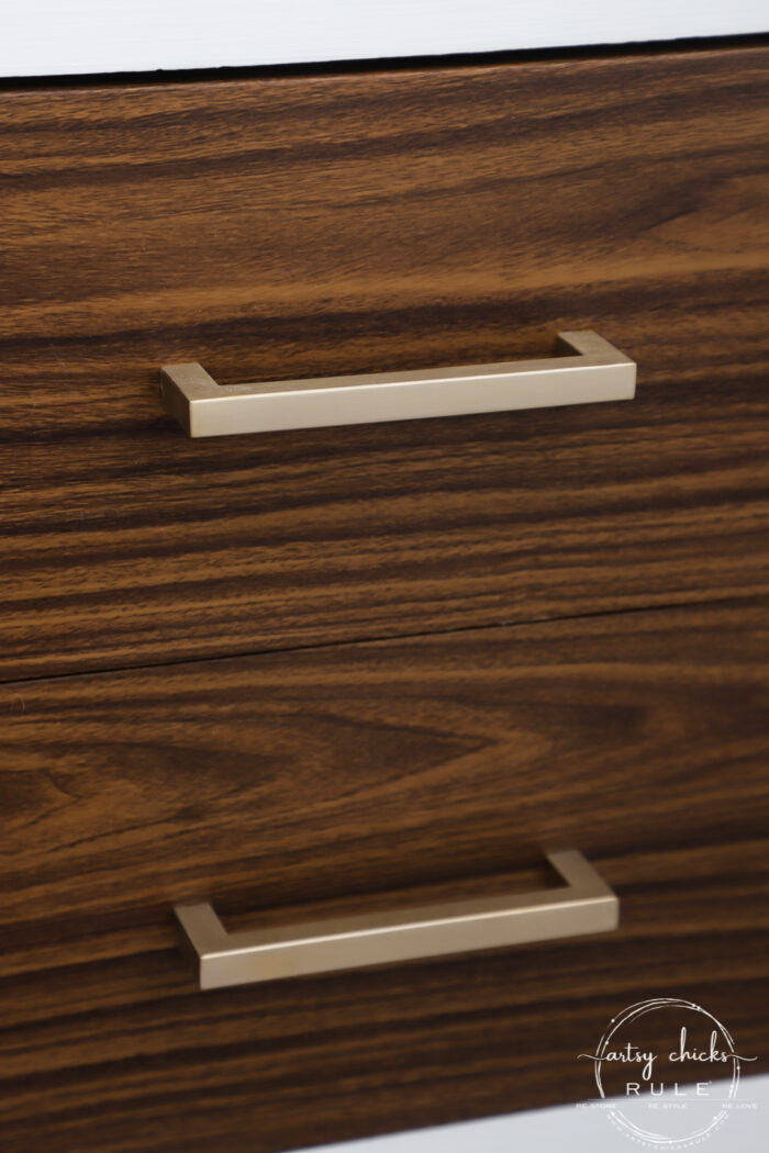 Realistic wood grain vinyl for furniture makeovers...well yes! What a fun way to update your old furniture! artsychicksrule.com