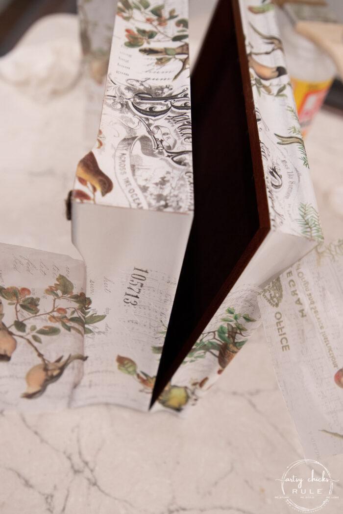 cutting the paper in the seam