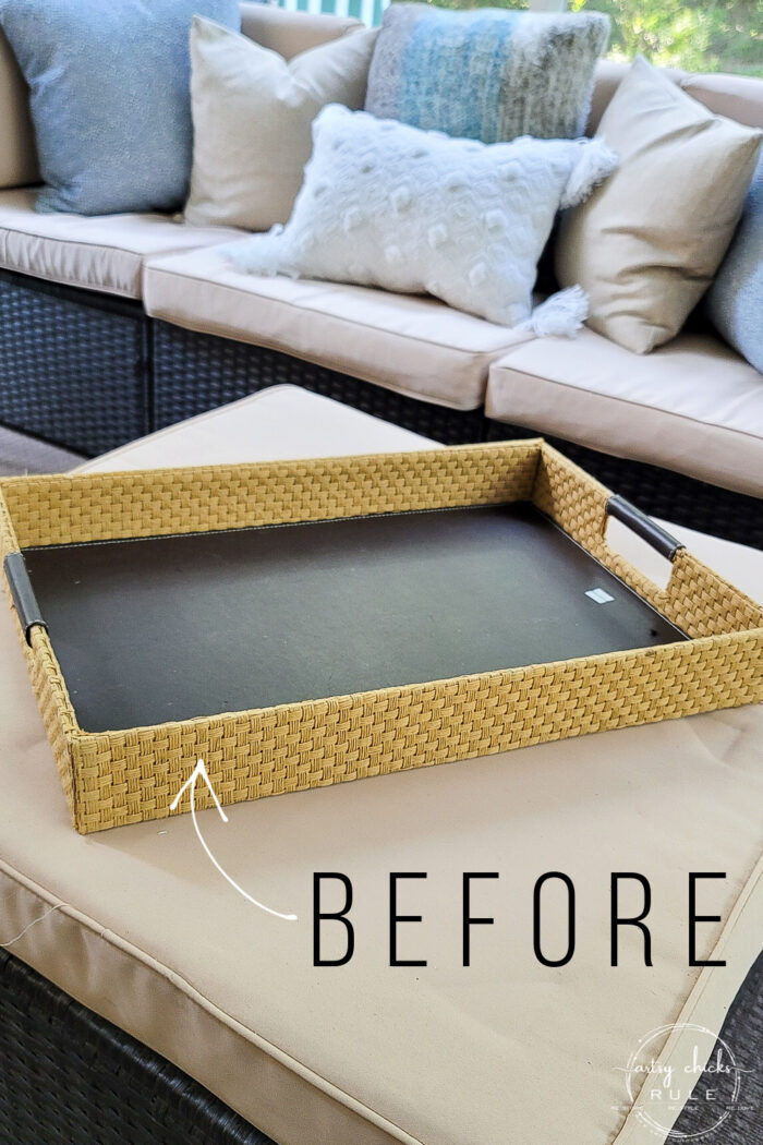 brown and tan basket tray before
