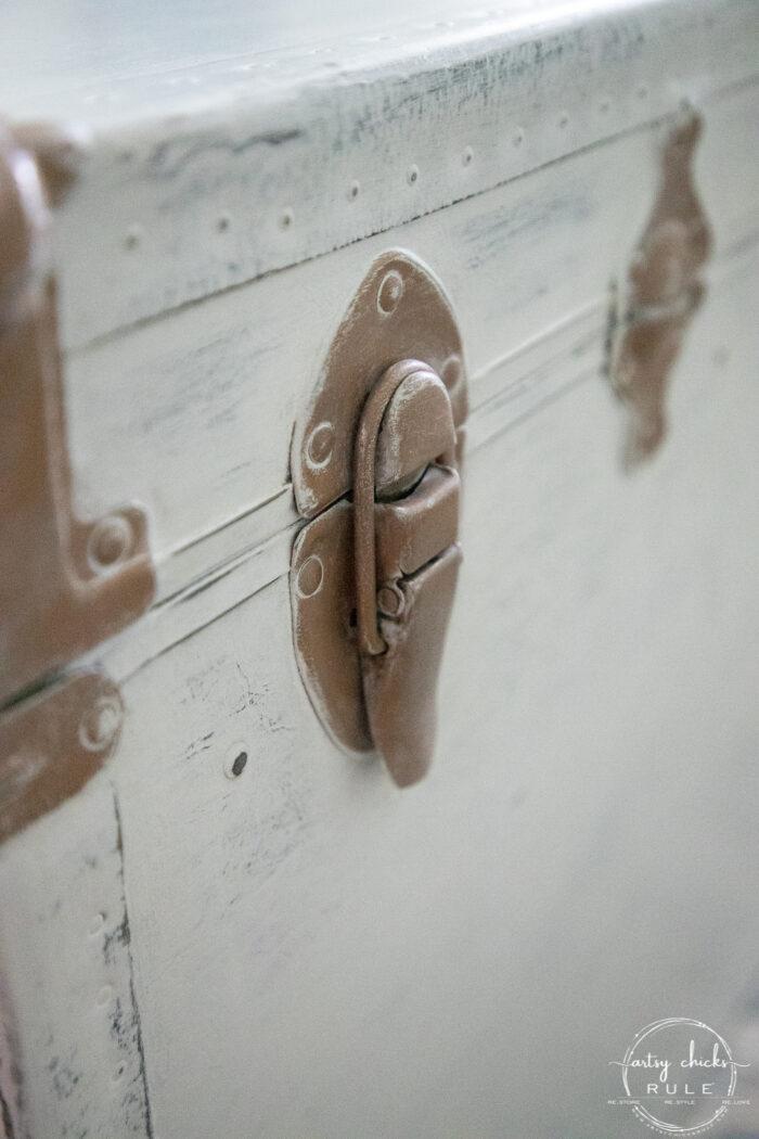 up close of metal hardware
