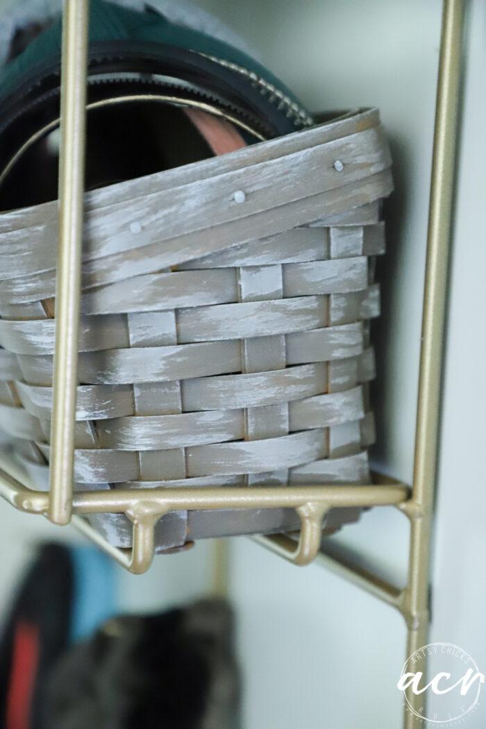 up close of whitewash on basket